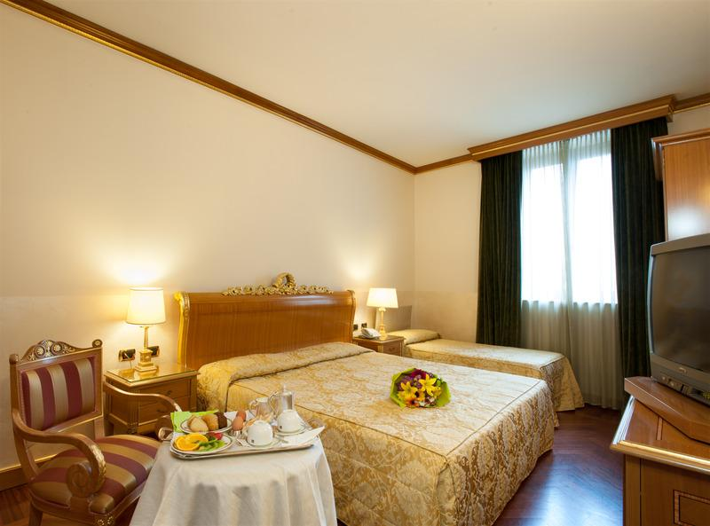 Marconi hotel in milan italy holidays from 445pp for Hotel marconi milano