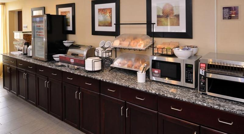 Comfort Inn & Suites East Hartford - Hartford