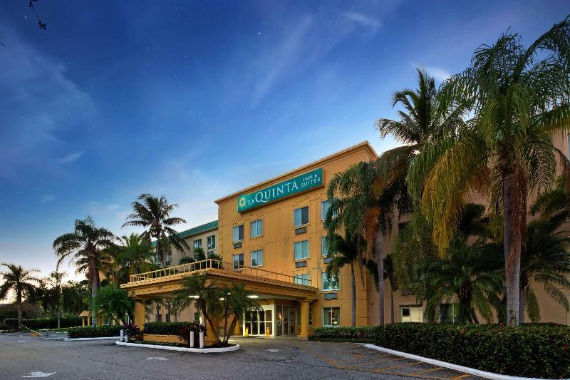 La Quinta Inn & Suites by Wyndham Sunrise Sawgrass Mills