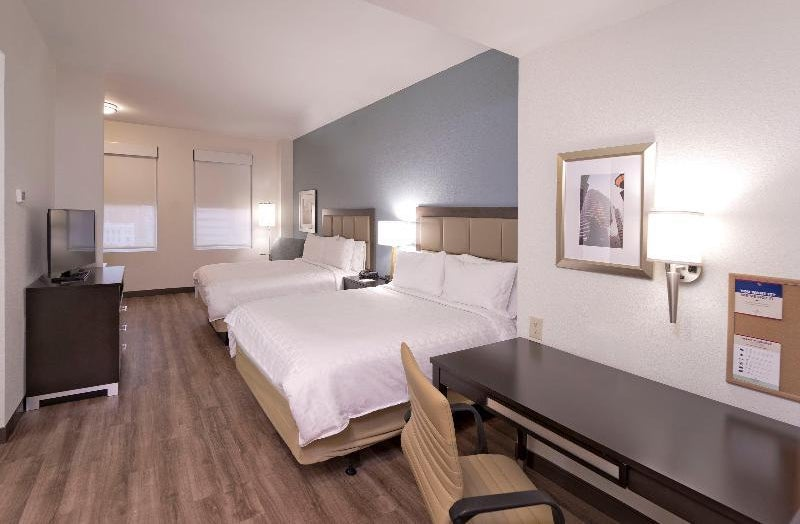 Candlewood Suites Baltimore