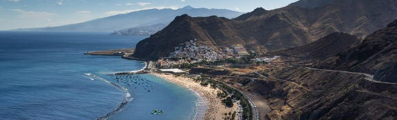 Best Canary island for couples